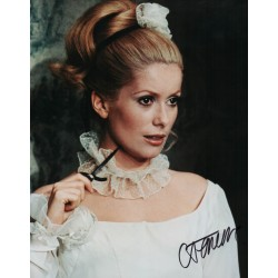 Catherine Deneuve genuine signed authentic autograph photo