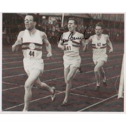 Roger Bannister 4 minute mile genuine signed authentic autograph photo