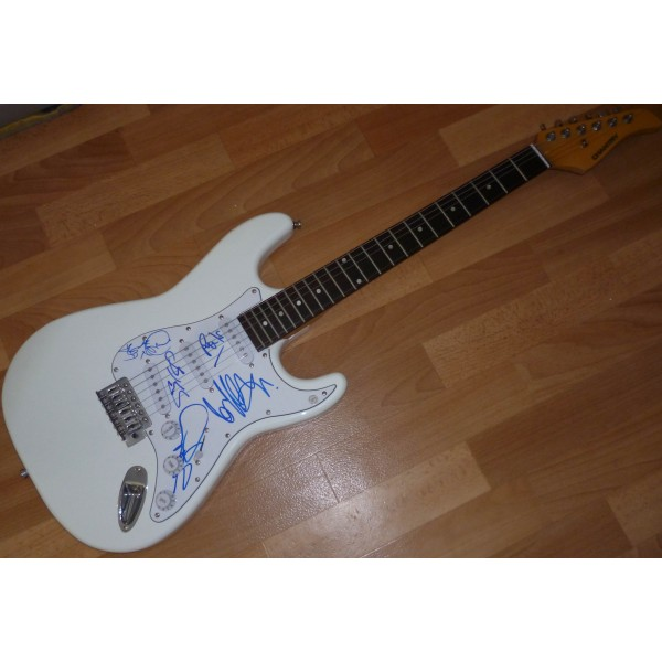 SOLD Spandau Ballet Hadley Kemp genuine fully signed authentic autograph guitar