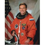 Cosmonaut Yuri Lonchakov authentic signed autograph photo 3