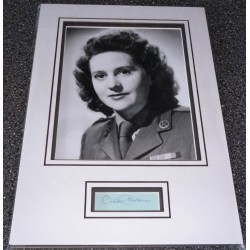 Odette Hallowes WW2 SOE genuine authentic signed autograph display