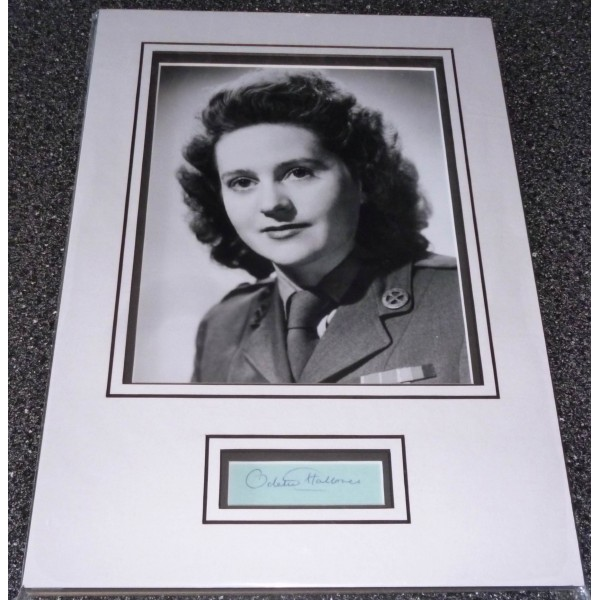 Odette Hallows WW2 SOE genuine authentic signed autograph display