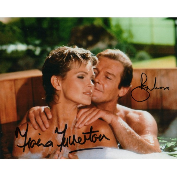James Bond Roger Moore Fiona Fullerton signed autograph photo