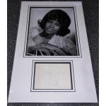 Aretha Franklin genuine signed authentic signature autograph photo display