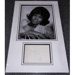 SOLD Aretha Franklin genuine signed authentic signature autograph photo display
