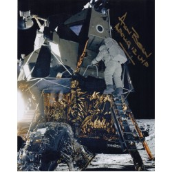Alan Bean Apollo 12 genuine authentic autograph signed photo.