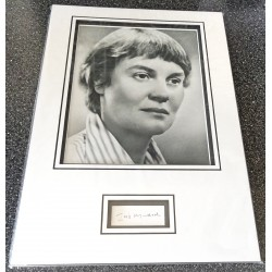 Iris Murdoch signed genuine signature autograph display