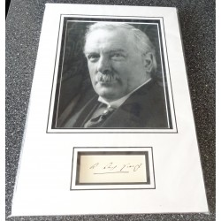 David Lloyd George PM signed genuine signature autograph display