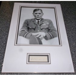 Hugh Trenchard Police RAF signed genuine signature display