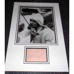 SOLD Bernard Bresslaw Carry On genuine authentic autograph signature and photo