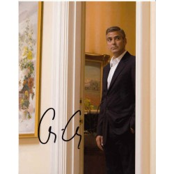 George Clooney genuine authentic autograph signed photo.