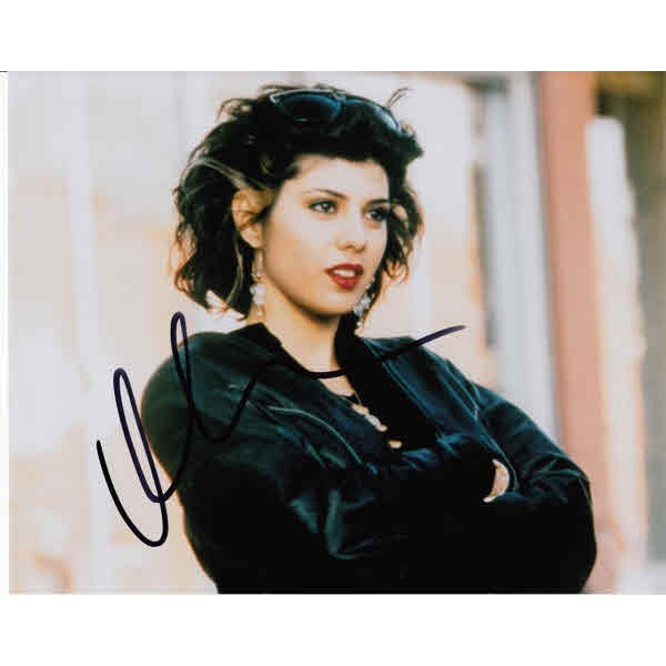 Marisa Tomei My Cousin Vinny genuine authentic autograph signed photo.