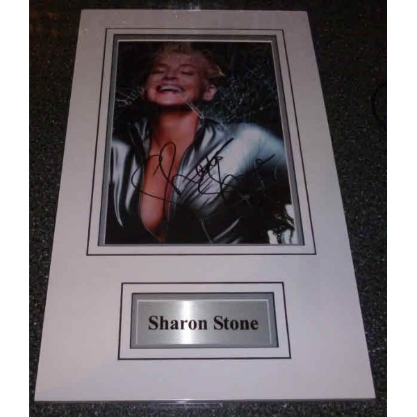Sharon Stone genuine authentic signed autograph photo display.