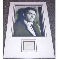 SOLD Lawrence Olivier genuine authentic signed autograph display 2.