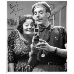 Eric Sykes genuine signed authentic autograph image 2