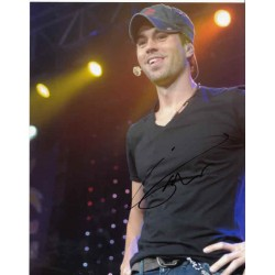 Enrique Iglesias genuine authentic signed autograph photo.