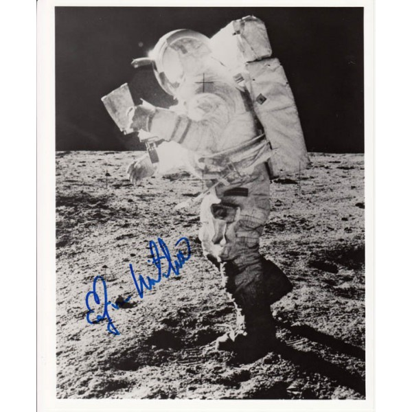 Edgar Mitchell Apollo 14 genuine authentic signed photo