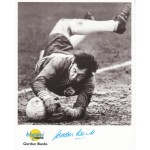 Gordon Banks England authentic signed genuine autograph image