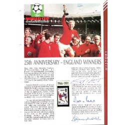 Bobby Moore Geof Hurst genuine signed autograph Masterfile page.
