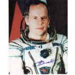 Cosmonaut Anatoly Solovyev space genuine signed autograph photo