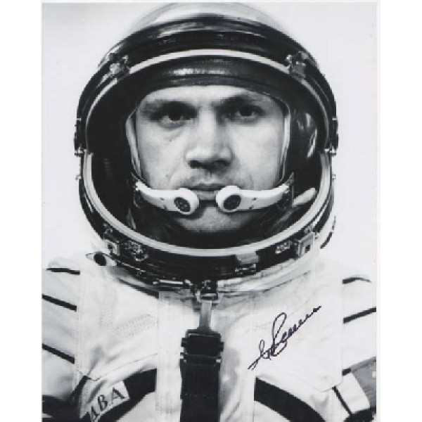Cosmonaut Dhanebekov space genuine signed autograph photo