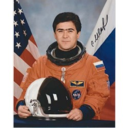 Cosmonaut Salizan Sharipov space signed autograph photo