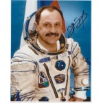 Cosmonaut Yury Usechev space genuine signed autograph photo