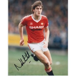 Man United Norman Whiteside signed colour photo 2