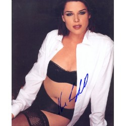 Neve Campbell genuine signed authentic signature photo