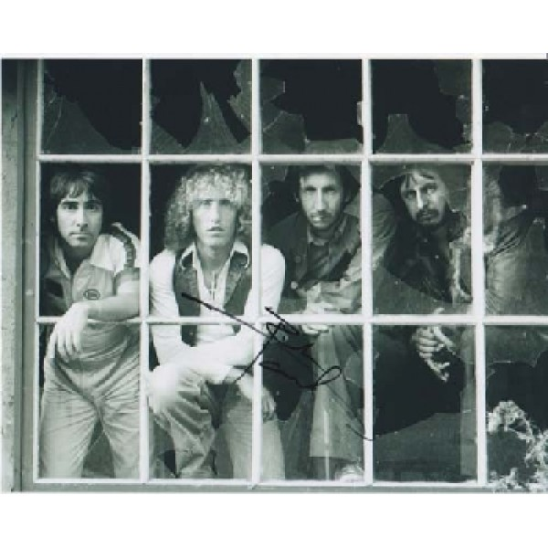 The Who Pete Townsend signed autograph photo.