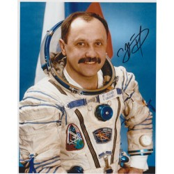 Yuri Usechev cosmonaut signed autograph colour photo COA