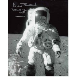 Alan Bean Apollo 12 genuine authentic autograph signed photo 2.