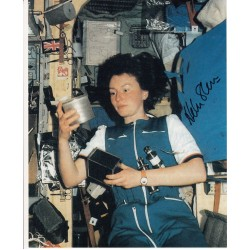 Helen Sharman astronaut authentic signed photo shuttle