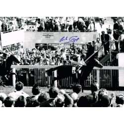 Lester Piggott horse racing genuine authentic autograph signed photo