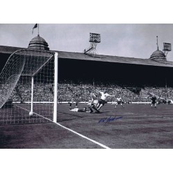 Nat Lofthouse Bolton genuine authentic autograph signed photo 2