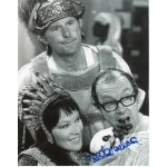 Glenda Jackson Morecambe Wise signed authentic autograph photo