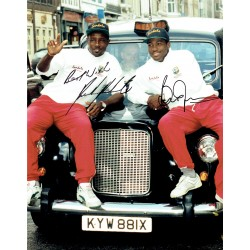 Brian Lara & Richardson. original authentic genuine signed photo