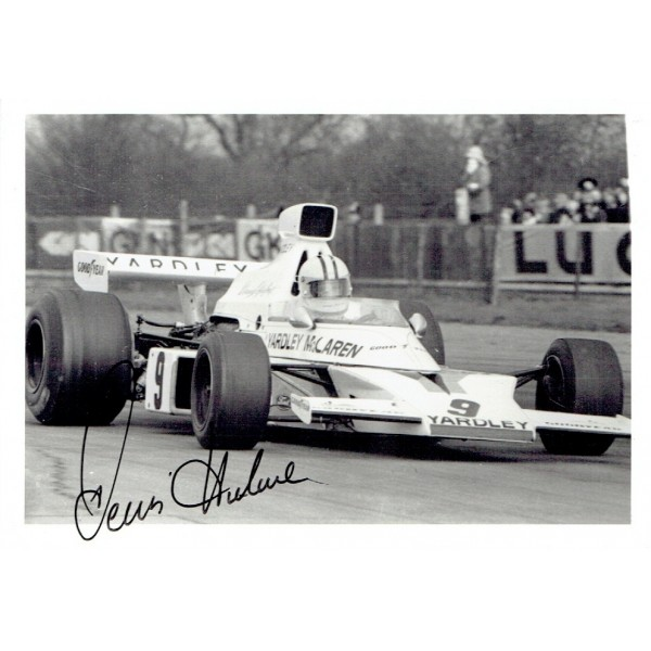 Denny Hulme genuine original authentic signed autograph photo