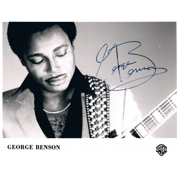 George  Benson original authentic genuine signed photo