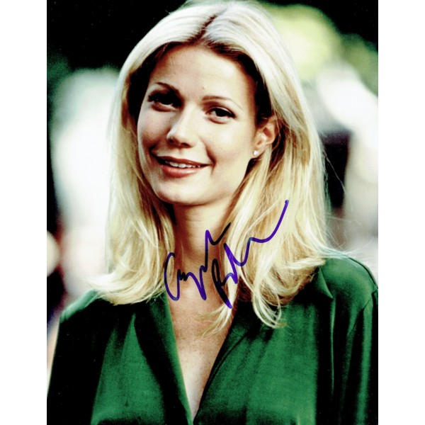 Gwyneth Paltrow  authentic genuine autograph signed photo