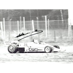 Jean-Pierre Jarier  genuine signed original autograph photo