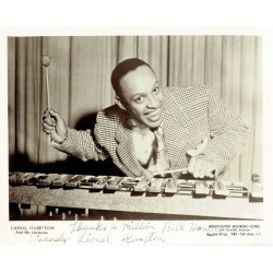 Lionel Hampton  original authentic genuine autograph signed photo