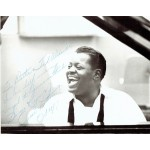 Oscar Peterson original authentic genuine signed photo