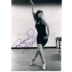 Raquel Welch original authentic genuine signed photo