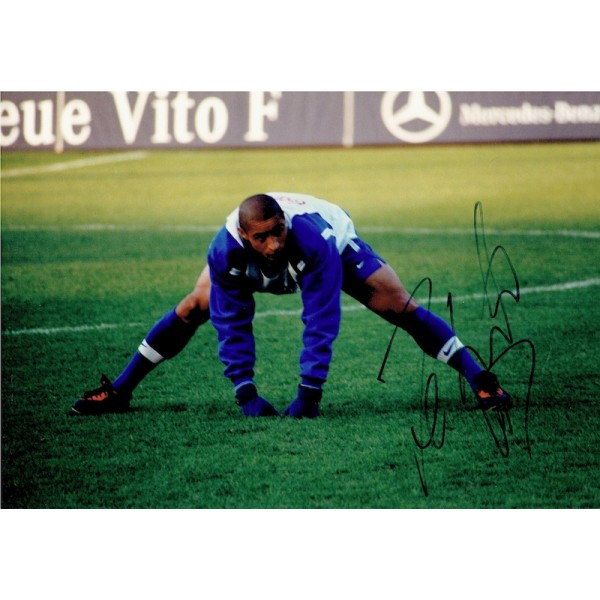 Roberto Carlos original authentic genuine signed photo