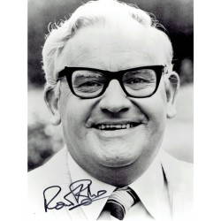 Ronnie Barker  original authentic genuine autograph signed photo