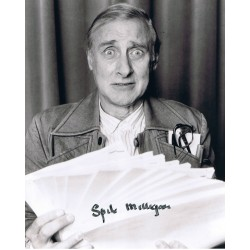 Spike Milligan signed authentic genuine signature photo