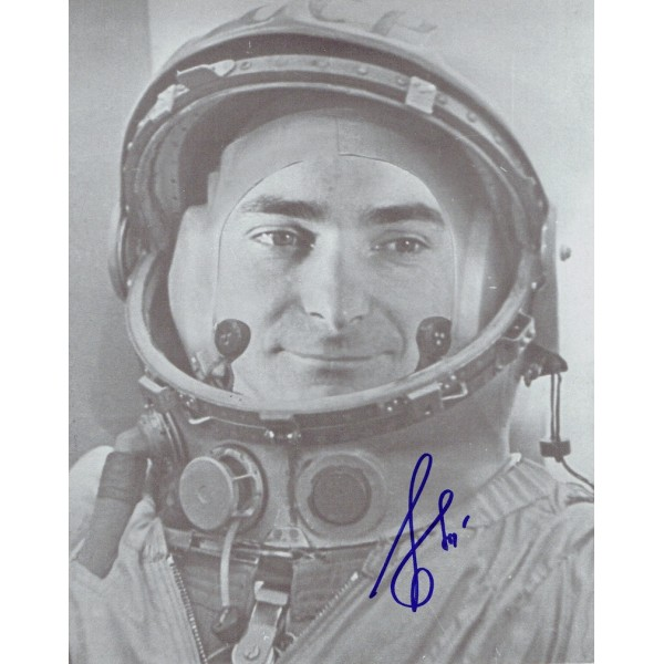 Valeri F Bykovsky original authentic genuine signed photo