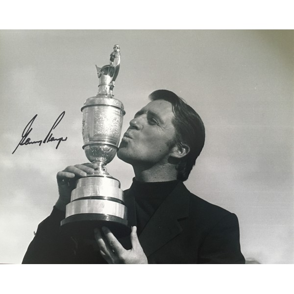 Gary Player Open Champion genuine signed 10 x 8 photo