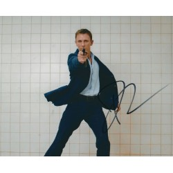 Daniel Craig Signed 8 x 10 Photo - James Bond 007  Autograph